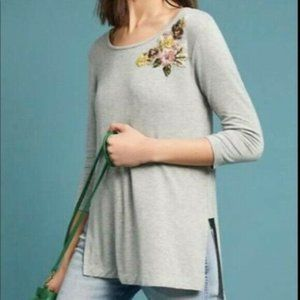 Anthro cranbourne Gray Floral Embroidered tunic